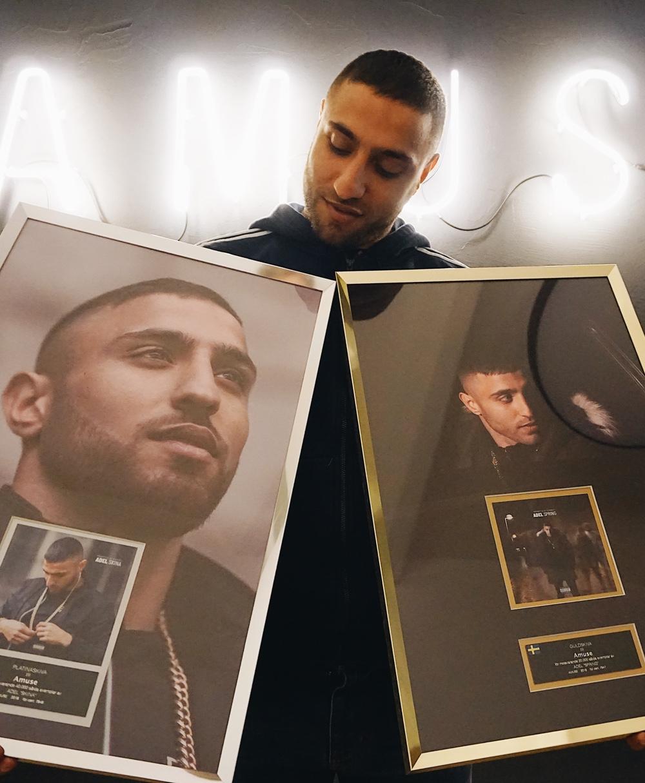 Amuse Artist Adel Goes Platinum